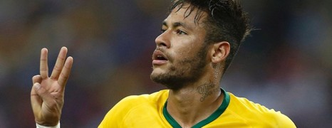 Manchester United world record bid for Neymar